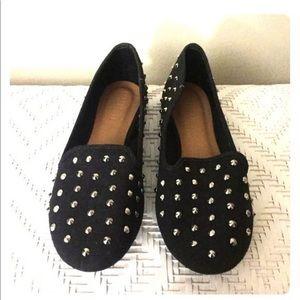 Forever21 Black Studded Flats 🐾